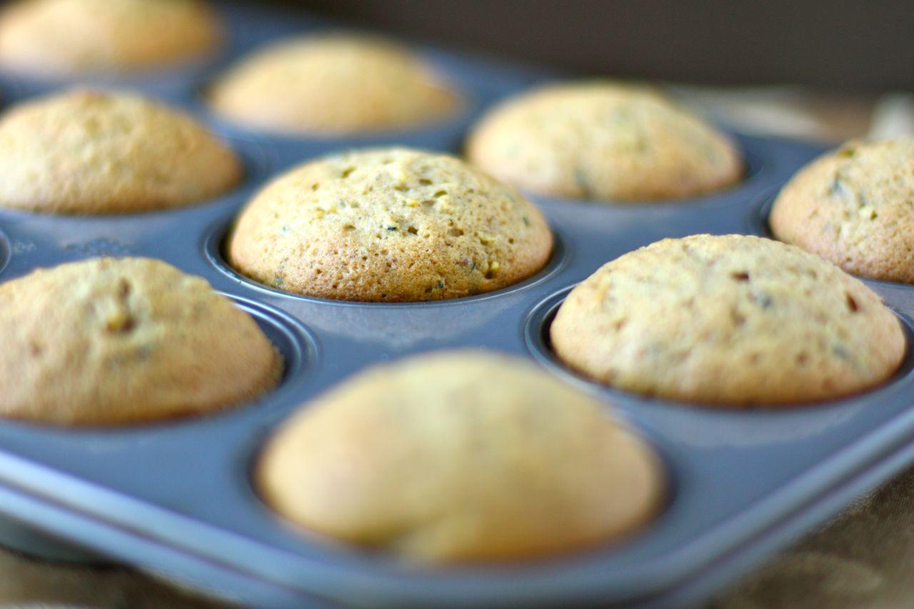 zucchini muffins | daisy's world