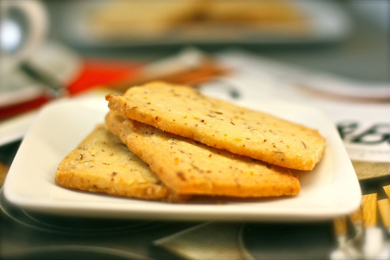 almond and orange shortbread cookies | daisy's world