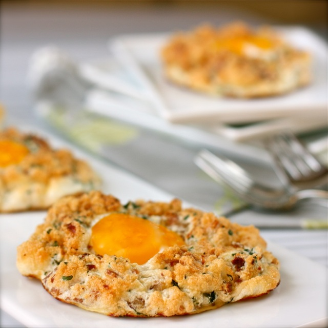 Italian-style Eggs in Clouds