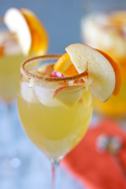 Honeycrisp Apple Sangria