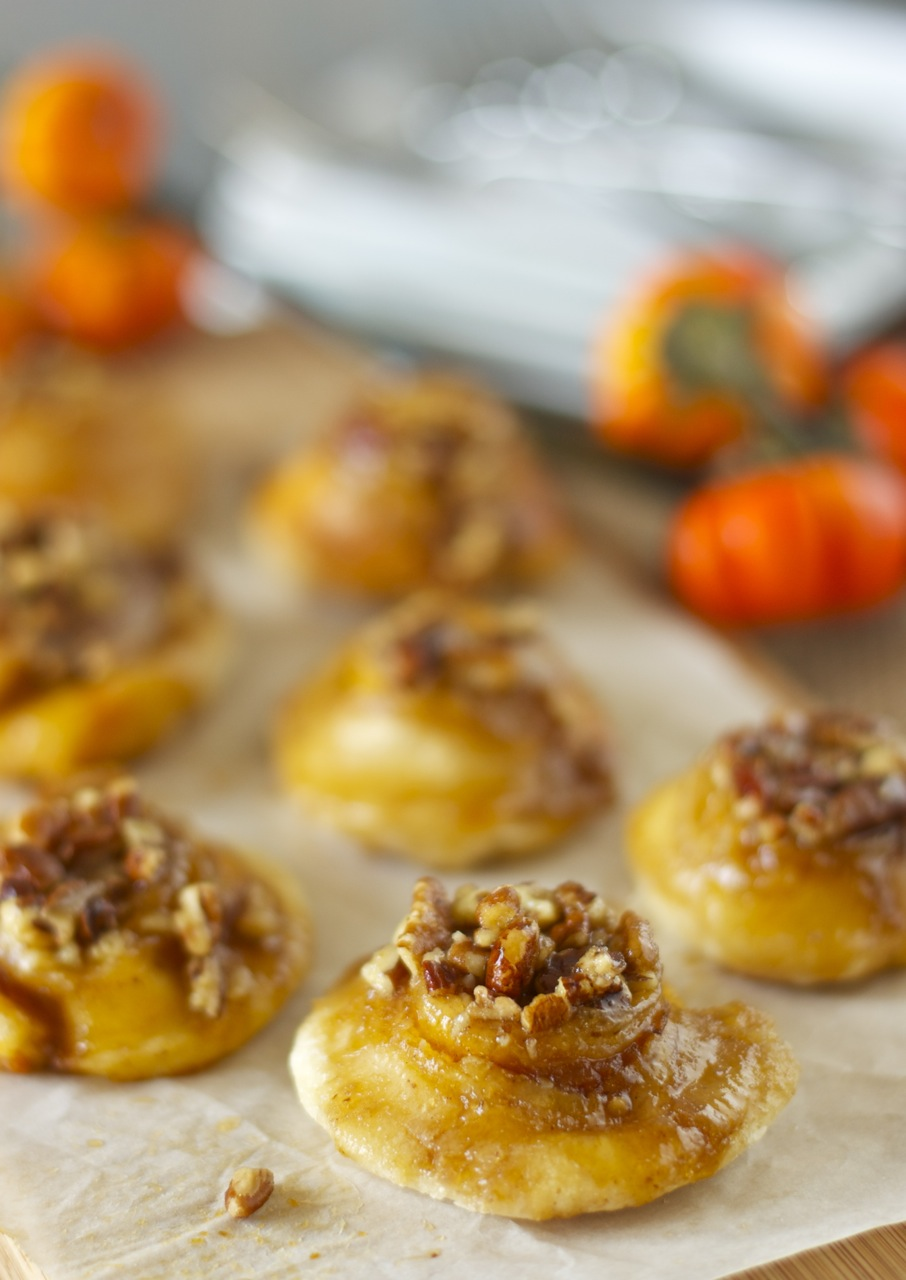 mini pumpkin butter and orange cream cheese sticky buns ...