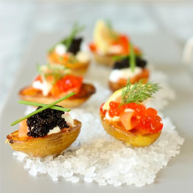 Baby Potatoes with Smoked Salmon and Caviar | daisysworld.net